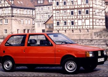 Esenzione-30anni-leggedistabilita-Fiat-Uno-Coupe-