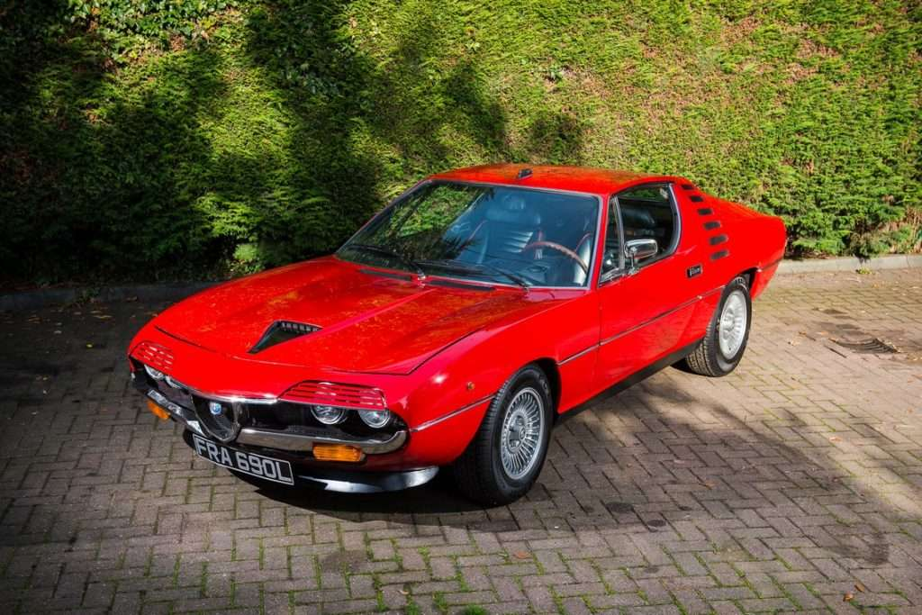 Alfa Romeo Montreal Rossa