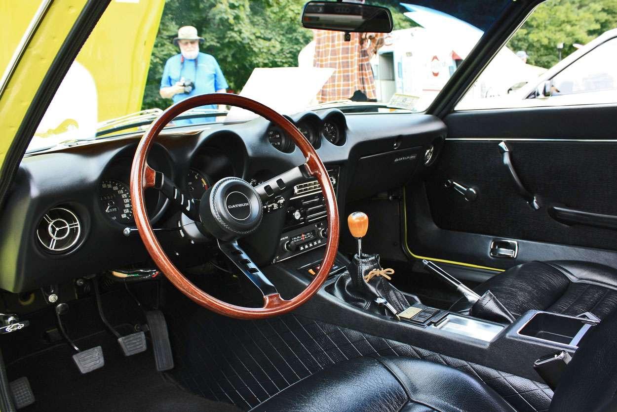 Interni di una Nissan Datsun 240Z